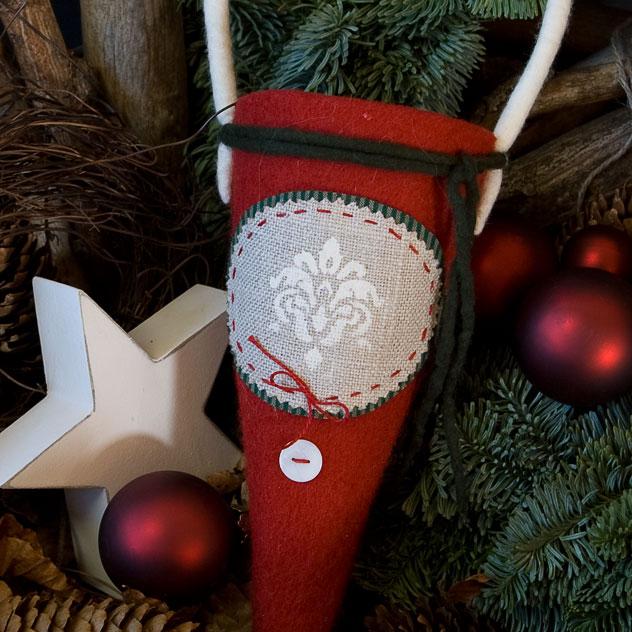 "Handgefertigter Weihnachtsschmuck aus Filz ""Zuckertüte - Ornament"". Doris Niestroj | Filz & Form."